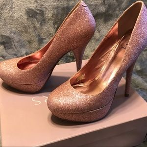 Bakers - Beautiful PINK Sparkle Pump! 💖